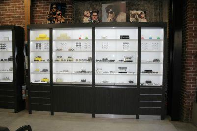 ophthalmic-frame-display-cabinetry